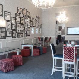 Backstage Lounge Cafe